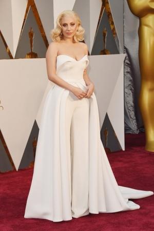 Lady-Gaga-Oscars.jpg